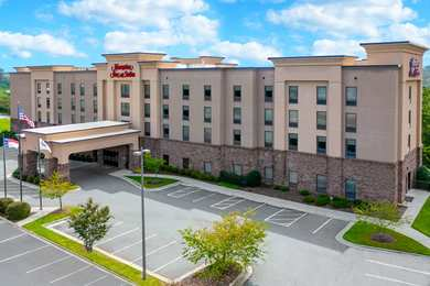 Hampton Inn & Suites Winston-Salem