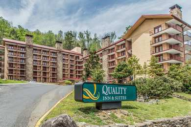 Quality Inn & Suites Aquarium Gatlinburg