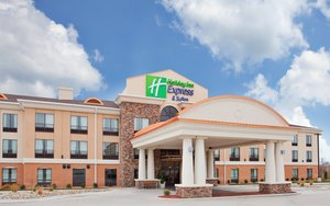 Holiday Inn Express Hotel & Suites St Robert