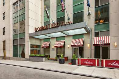 DoubleTree by Hilton Hotel Financial District NYC