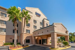 Fairfield Inn & Suites by Marriott Holiday