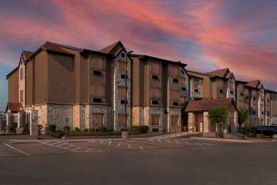Microtel Inn & Suites by Wyndham SeaWorld San Antonio