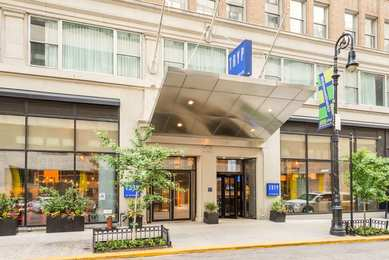 TRYP Hotel by Wyndham Times Square South NYC
