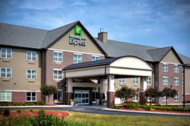 Holiday Inn Express Hotel & Suites East Green Bay