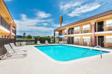 Super 8 Hotel Midwest City