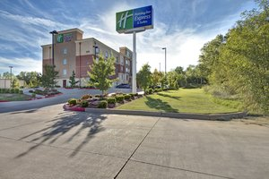 Holiday Inn Express Hotel & Suites North Oklahoma City