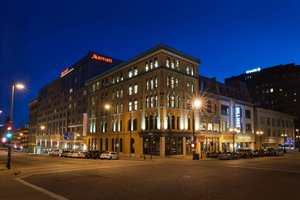 Marriott Hotel Downtown Milwaukee