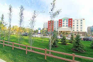 Holiday Inn Express Banff Trail Calgary