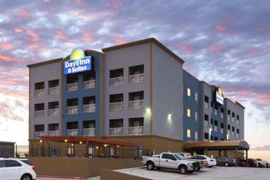 Days Inn & Suites Galveston