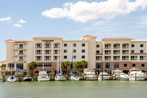 Courtyard by Marriott Hotel Madeira Beach