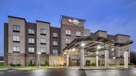 Best Western Plus Atrium Inn & Suites Clarksville