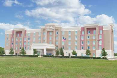 Hampton Inn & Suites FieldhouseUSA Frisco