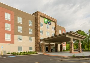 Holiday Inn Express Hotel & Suites Jamestown