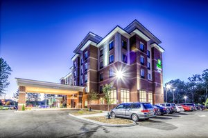 Holiday Inn Express Hotel & Suites West Cleveland Westlake