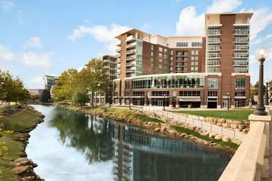 Embassy Suites Hotel Downtown Riverplace Greenville