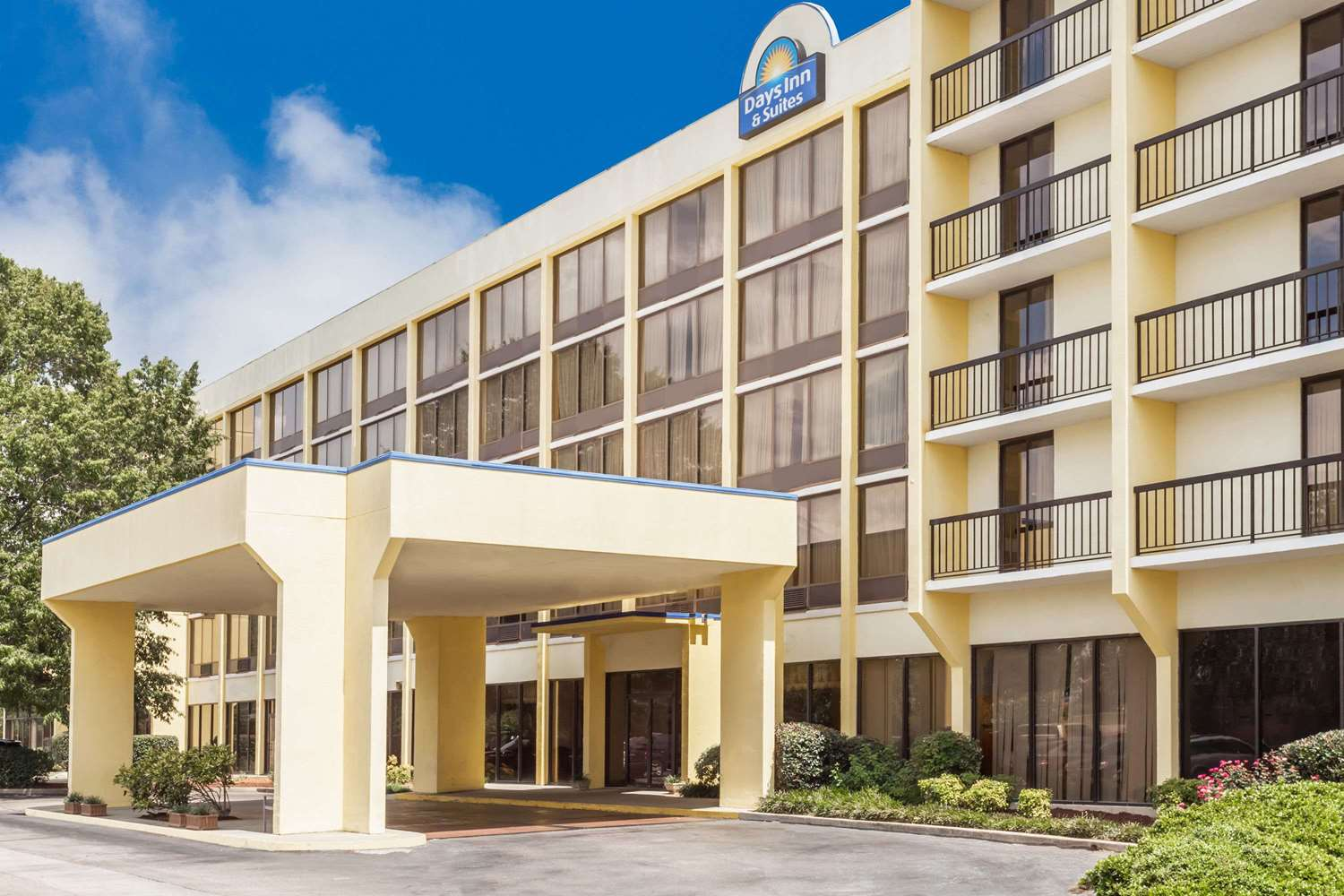 Hotels Near Fort Jackson Sc With Indoor Pool
