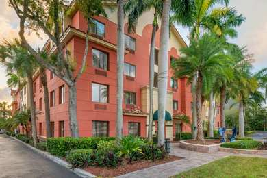 Best Western Plus Palm Beach Gardens Hotel Suites