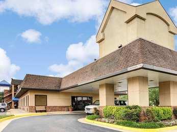 quality inn tysons corner - Hilton Garden Inn Tysons Corner