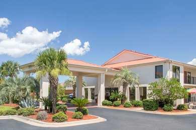 Days Inn & Suites Navarre
