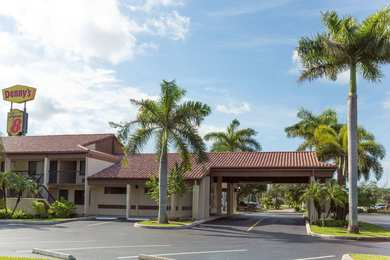Super 8 Hotel Riviera Beach
