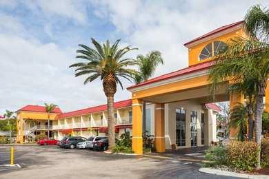 Days Inn & Suites Port Richey