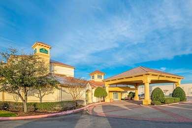 La Quinta Inn Suites Sherman