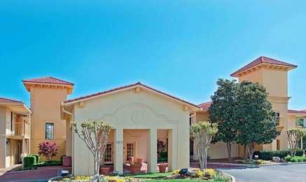 Baymont Inn & Suites Hamilton Place Mall Chattanooga