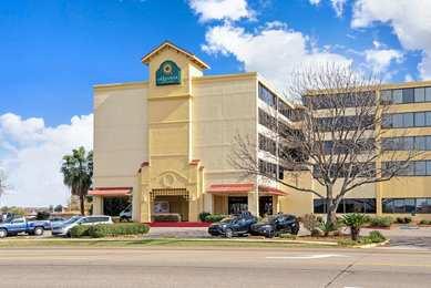 La Quinta Inn Suites New Orleans Airport Kenner