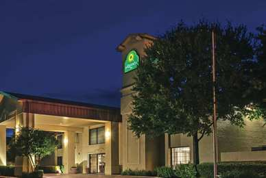 Hotels Near Kyle Tx