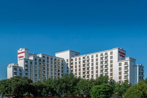 25 Hotels TRULY CLOSEST to UT Southwestern Medical Center ... on