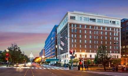 Phoenix Park Hotel DC