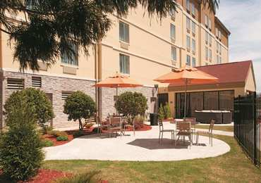 La Quinta Inn & Suites East Point