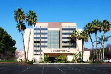 Doubletree By Hilton Hotel Fresno
