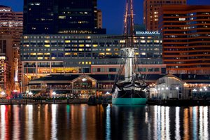 Renaissance by Marriott Harborplace Hotel Baltimore