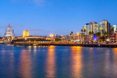 Wyndham Hotel Bayside San Diego