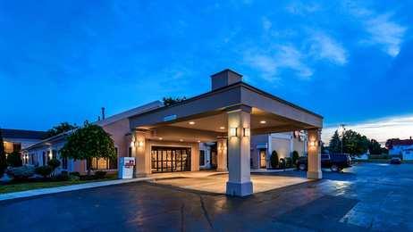 Best Western Plus Galleria Inn & Suites Cheektowaga