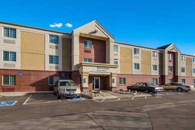 Hawthorn Suites by Wyndham Centennial