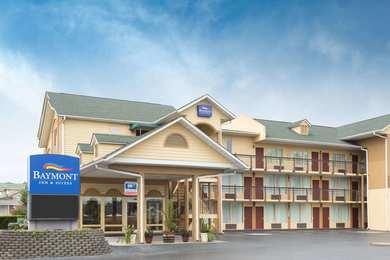 Baymont Inn & Suites Sevierville