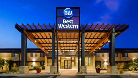 Best Western West Towne Mall Suites Madison