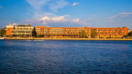 Best Western Plus Oswego Hotel & Conference Center