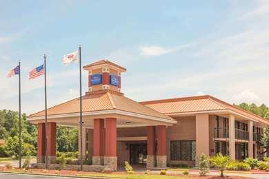 Baymont Inn & Suites Battleboro
