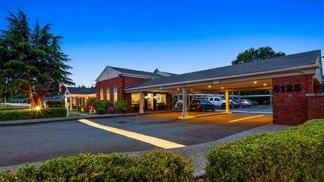 Best Western Lakewood Motor Inn