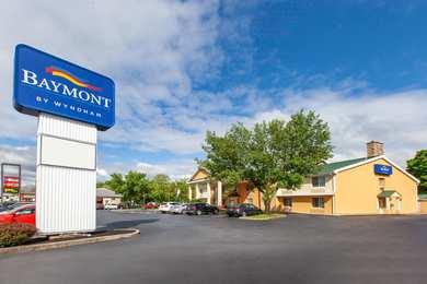 Baymont Inn & Suites Harrisburg