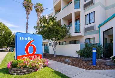 Studio 6 Extended Stay Hotel Concord