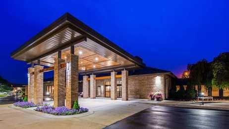 Best Western Okemos Hotel & Suites