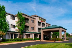 Courtyard By Marriott Hotel St Louis Airport Bridgeton