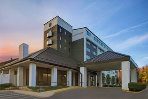 Courtyard By Marriott Hotel Elmhurst