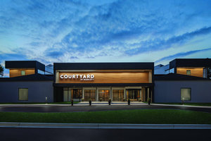 Courtyard By Marriott Hotel Greensboro