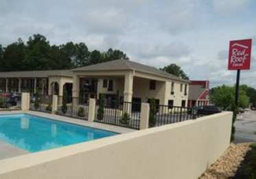 Barnesville ga hotels motels see all discounts for Hotels close to atlanta motor speedway