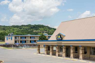 Days Inn White Hills Road Staunton